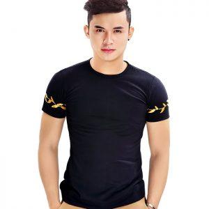 áo thun trơn đen in logo